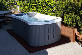 Hydropool Classic Hot Tub
