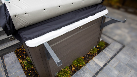 Rollaway Spa Cover Both Rack Arm Installed 540x306 1