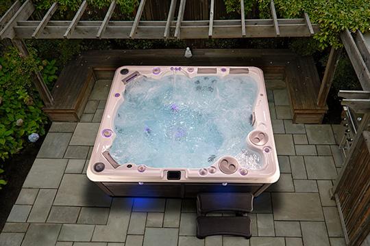 Hydropool 970 Hot Tub
