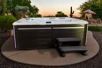 8 seater self cleaning hot tub
