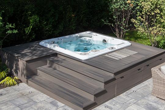 Hydropool 695 Platinum Hot Tub