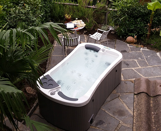 Hydropool SE 4L Classic Hot Tub